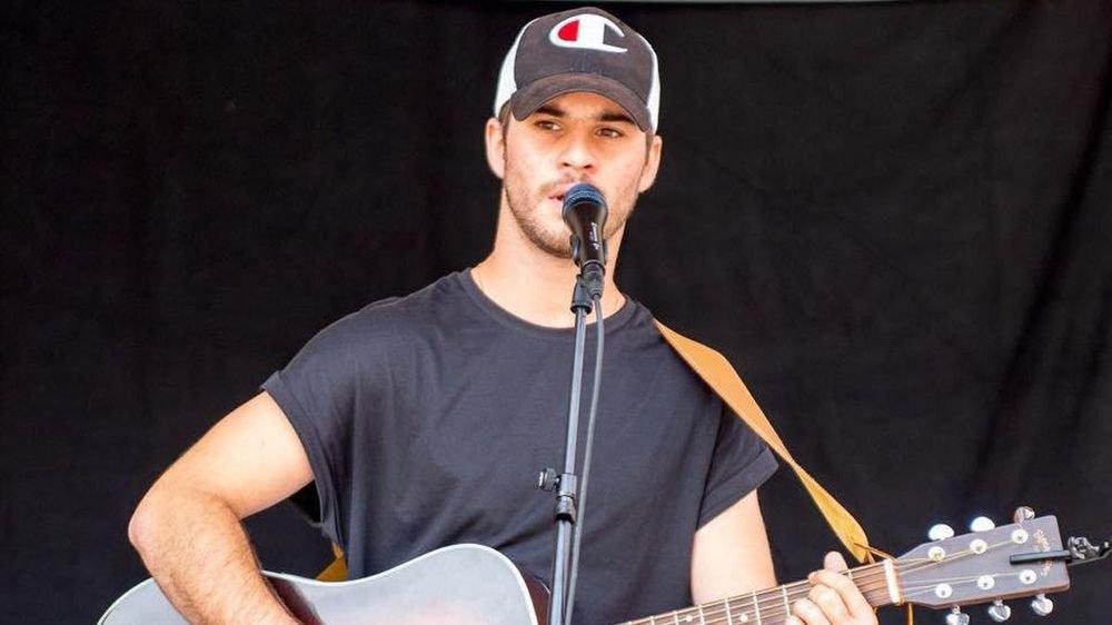 La prestation d'Antony a été choisie pour faire la promotion de la neuvième saison de l'émission «The Voice».