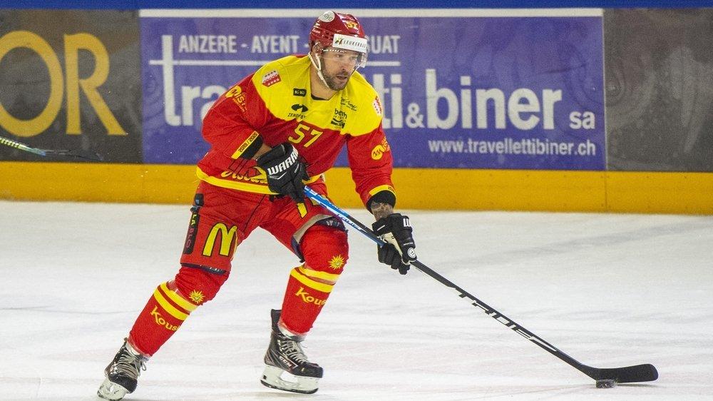 Goran Bezina s'était blessé juste avant Noël. Il devrait jouer mardi face à Zoug Academy.
