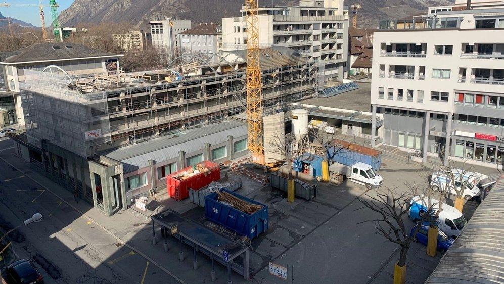 Les travaux autour du bâtiment de la Poste de Martigny sont prévus jusqu'en été 2021. D'ici là, les usagers du parking attenant devront changer leurs habitudes.