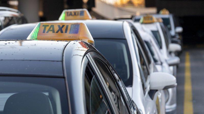 Argovie: un chauffeur de taxi dépouillé de son argent à Aarau