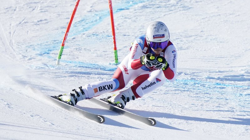 La Suissesse Corinne Suter, actuelle leader du classement de la descente, pourra disputer deux épreuves de vitesse à Crans-Montana cette saison. (illustration).