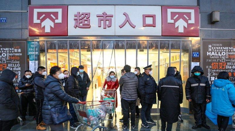 La crise survient en plein chassé-croisé du Nouvel An, lorsque les Chinois mettent à profit leurs sept jours de congé pour voyager d'un bout à l'autre de leur pays.