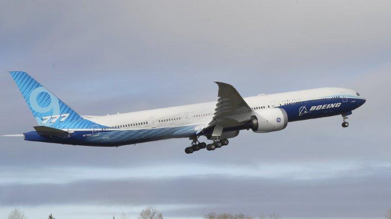 Aéronautique: décollage du Boeing 777X pour son vol inaugural