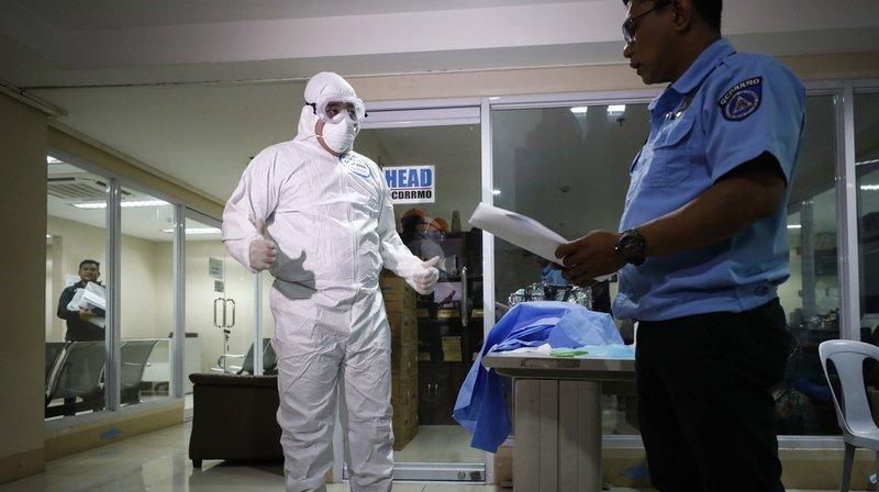 Un premier mort du coronavirus déclaré hors de Chine