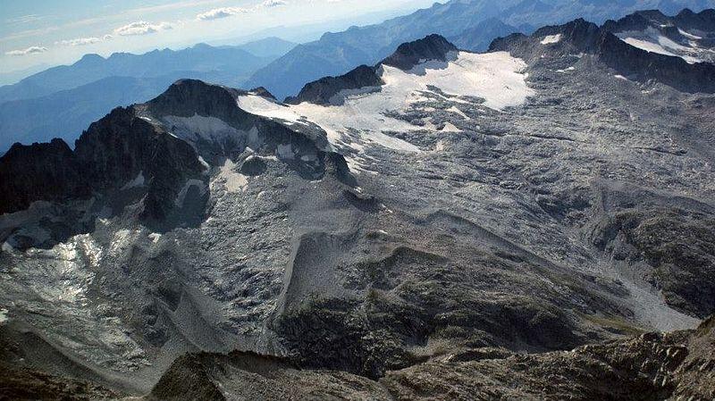 L'inéluctable agonie des glaciers dans les Pyrénées
