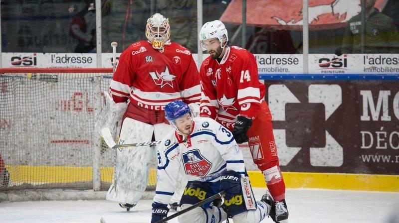 Bülach a déjà mis un genou sur la glace devant Yann Fèvre et Sami El Assaoui.