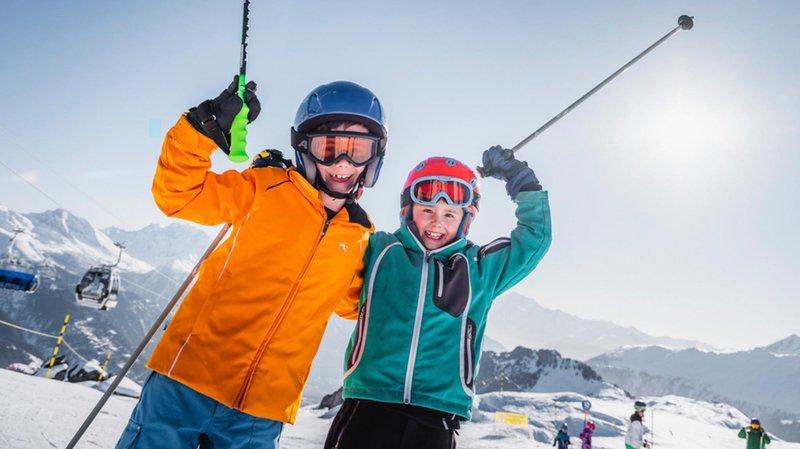 A l'occasion du FIS World Snow Day, les jeunes skieurs seront à la fête ce dimanche à Verbier et à l'Aletsch Arena.