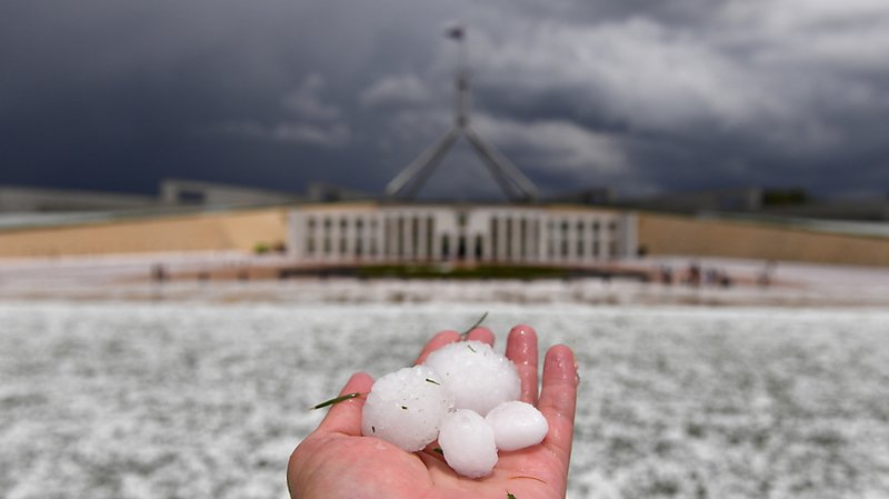Une violente tempête de grêle a frappé la région de Canberra.