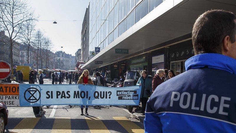 Genève: Extinction Rebellion a bloqué l'accès à un parking public