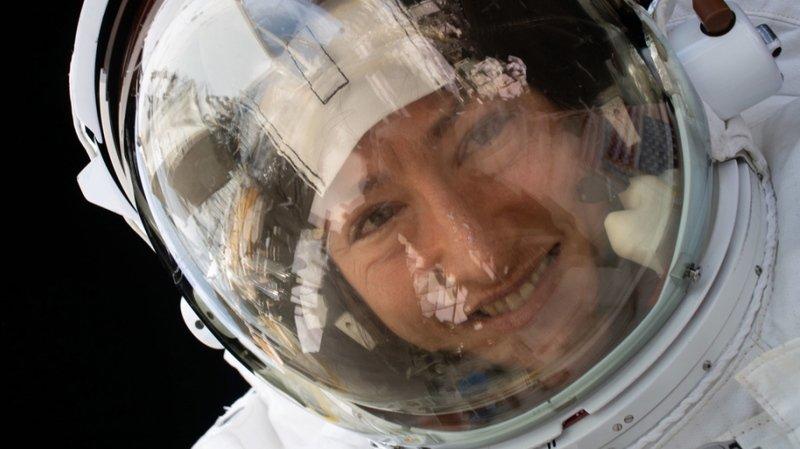 L'astronaute de la NASA Christina Koch vient de battre un nouveau record féminin en passant 328 jours dans l'espace à bord de la Station spatiale internationale.