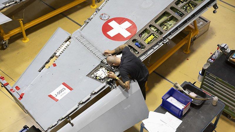 Armée: les F/A-18 touchés par des fissures sont prêts pour le WEF