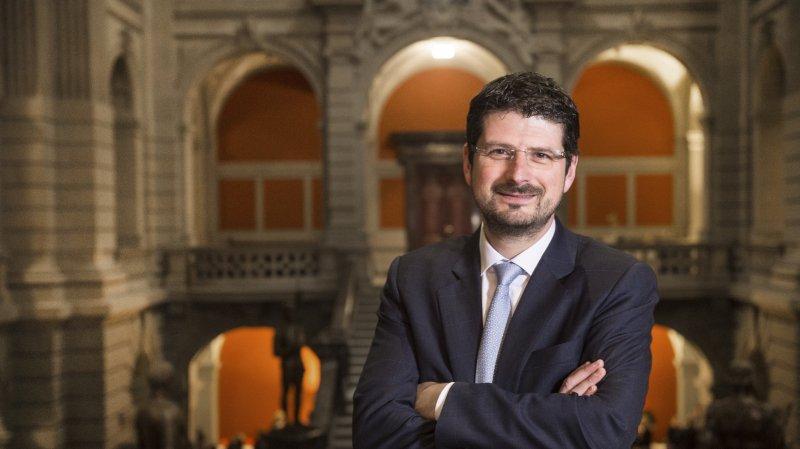 Yannick Buttet déclare son intérêt pour Berne: une annonce trop rapide pour les partis