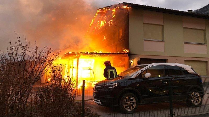 Incendie: une maison familiale en flammes à Grône