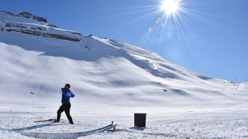 Valais: du hornuss sur neige à 2'200 mètres grâce au tournoi de la Gemmi