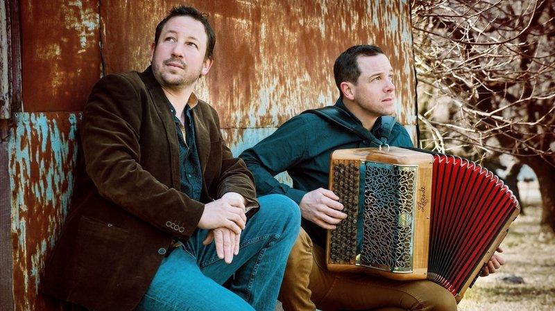La troisième saison culturelle de Port-Valais débute ce dimanche par un concert intimiste des frères Moulin.