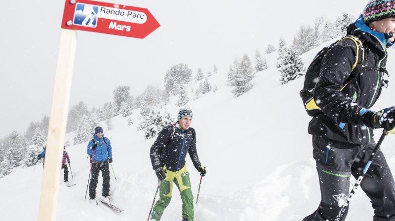Les randos parcs, comme ici celui de St-Luc, dans le Val d'Anniviers, contribuent à l'essor du ski de randonnée en Valais.