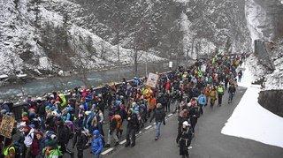 WEF 2020: plus de 1000 personnes à la marche pour le climat dans les Grisons