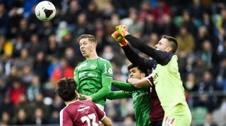 Football: St-Gall s'impose contre Servette, Xamax s'incline face à Lucerne