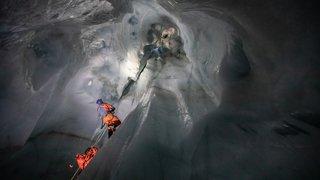 Plongée dans les entrailles du glacier de la Plaine Morte