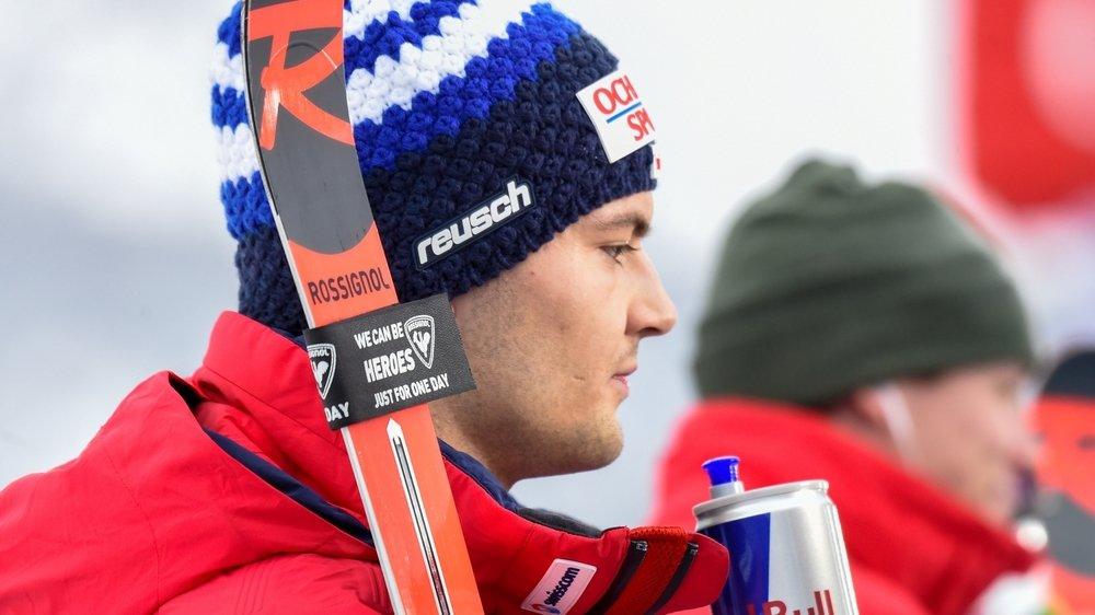 Vainqueur du slalom parallèle de Chamonix le 9 février, LoÏc Meillard a chuté lors d'une sortie en ski libre au Japon.