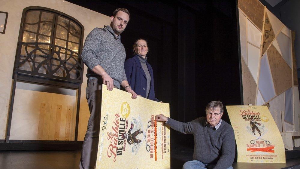 Sébastien Bagnoud (direction), Véronique Chevillard (mise en scène) et André Vernay (président du comité) ont la mine des mauvais jours après le report de «leur» opéra.