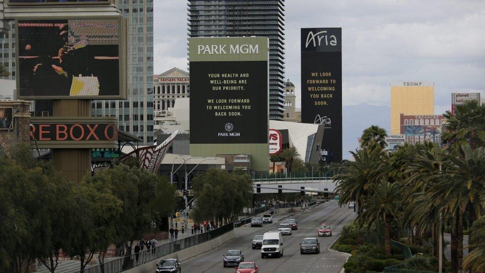 Les hôtels géants de Las Vegas vont fermer leurs portes pour plusieurs semaines.