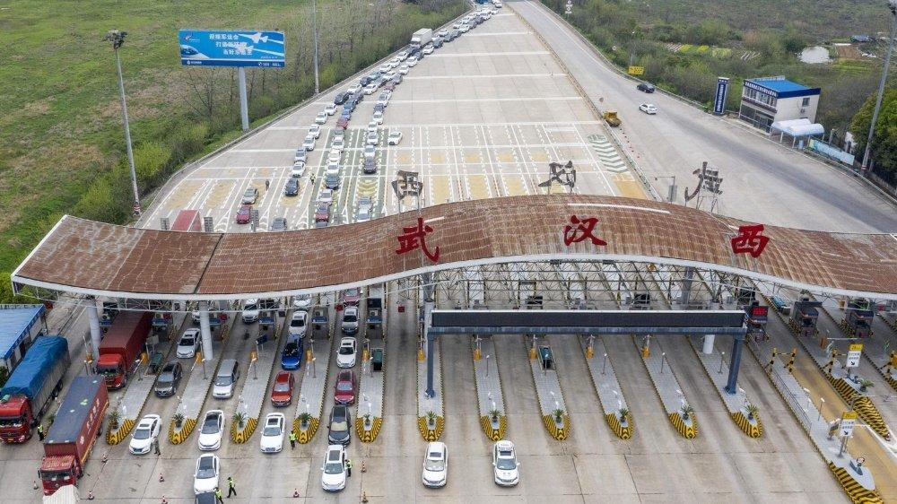 Les captifs de Wuhan  hésitent à ressortir