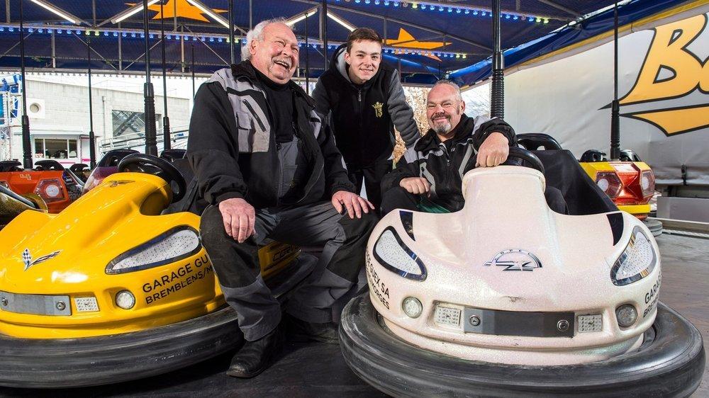 Alain, Carlton et son père Jean-Daniel Bergdorf. Deux des sept générations de forains de la famille montheysanne.