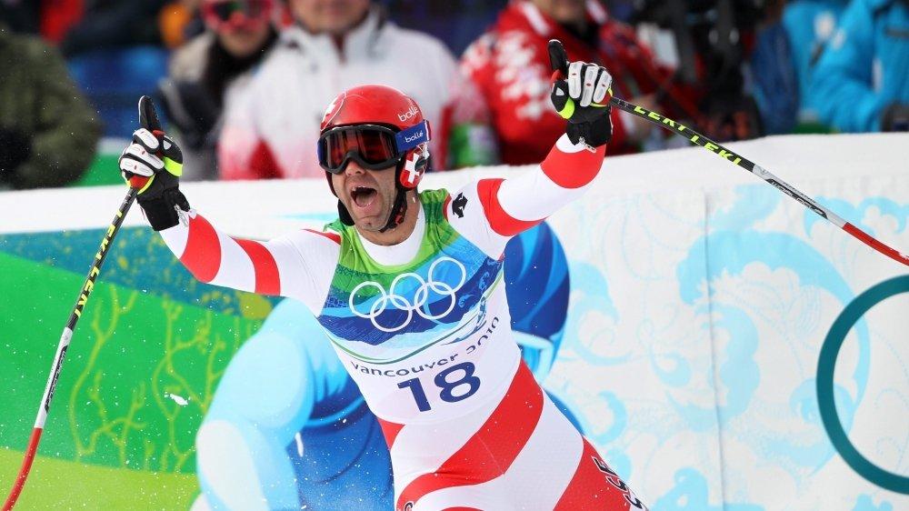Didier Défago dans l'aire d'arrivée de Whistler, quelques secondes après avoir conquis son titre olympique.