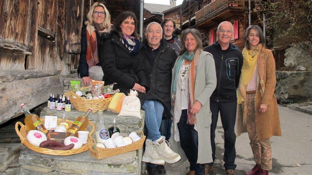 En se regroupant en communauté Slow Food, les Paysans et artisans de Sarreyer et environs vont mener des actions communes, telles que la tenue d'un marché deux fois par an dans le village pour faire connaître leurs produits.