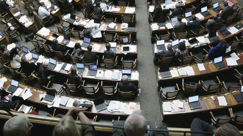 La commission des affaires juridiques du National a rejeté par 14 voix contre 9 une motion exigeant de durcir les peines en cas de viol.