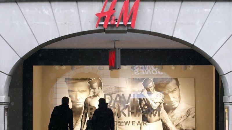 Le géant suédois de l'habillement H&M a annoncé qu'il ne paierait pas non plus de loyer pour ses quelque 460 magasins fermés en Allemagne.