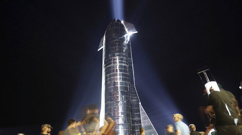 Espace: un prototype du futur vaisseau de SpaceX explose lors d'un test