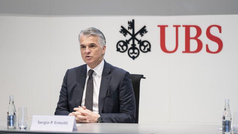 Assurances: Swiss Re veut proposer la présidence au patron sortant d'UBS, Sergio Ermotti