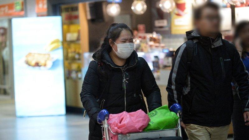 Coronavirus: un premier mort français, des cas suspects dans le canton de Neuchâtel