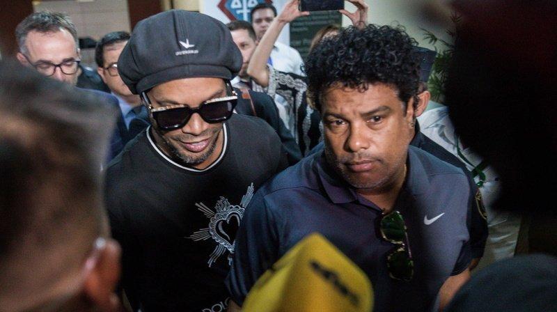 Ronaldinho et son frère, ancien joueur du FC Sion, arrêtés au Paraguay