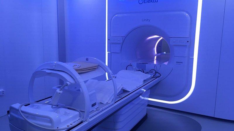 Cancer: un appareil de radiothérapie unique en Suisse à l'hôpital de Rennaz