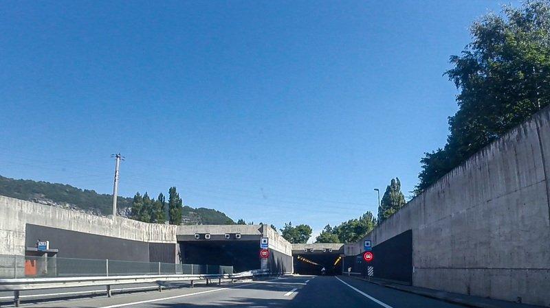 A9: nettoyage de printemps dans le tunnel d'Arzilier et la galerie de Saint-Maurice