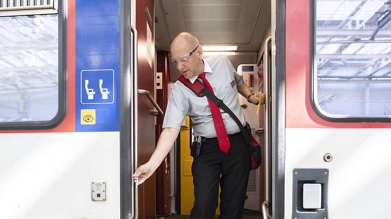 Début mars, un client s'était pincer la main dans la porte d'un train à Berne. (Illustration)