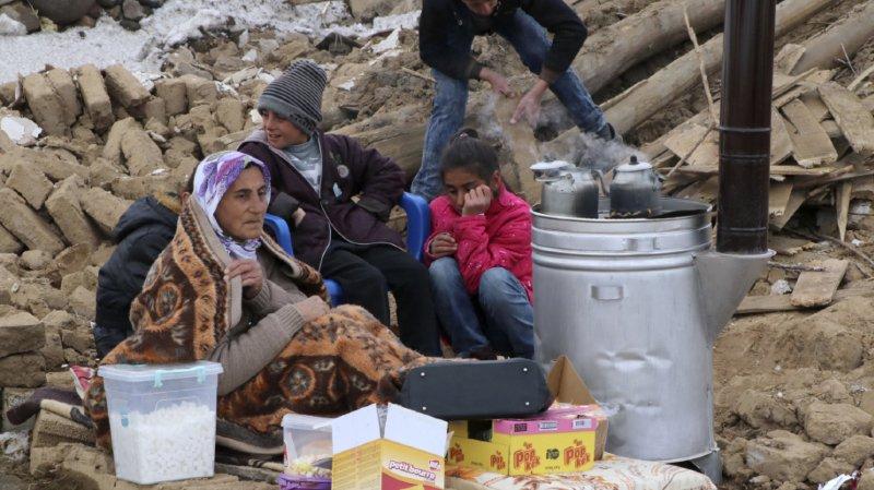 Turquie: le bilan du séisme de magnitude 5,7 monte à neuf morts