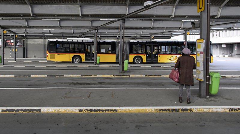 Coronavirus: les transports publics réduisent encore leur offre