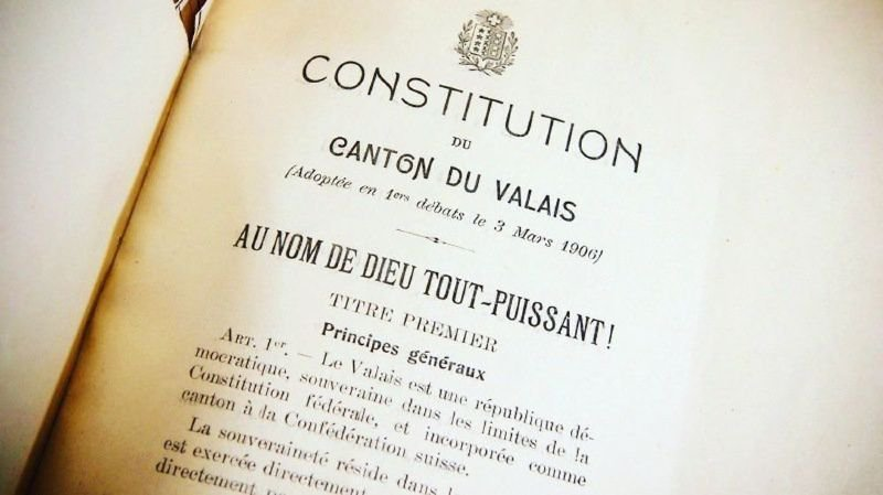 Constitution valaisanne: «Au nom de Dieu tout-puissant» ne convainc plus