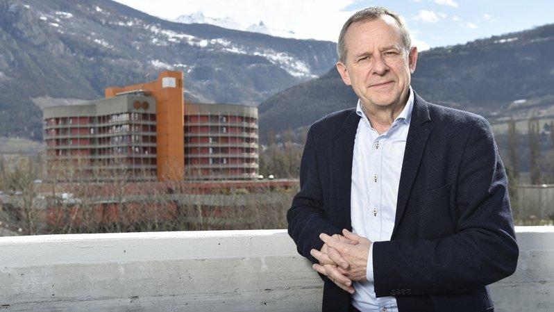"""Eric Bonvin, directeur général de l'Hôpital du Valais, répond tous les jours à vos questions via """"Le Nouvelliste"""""""