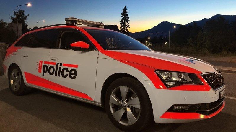 La police en force sur le terrain en Valais pour faire appliquer les mesures anti-coronavirus