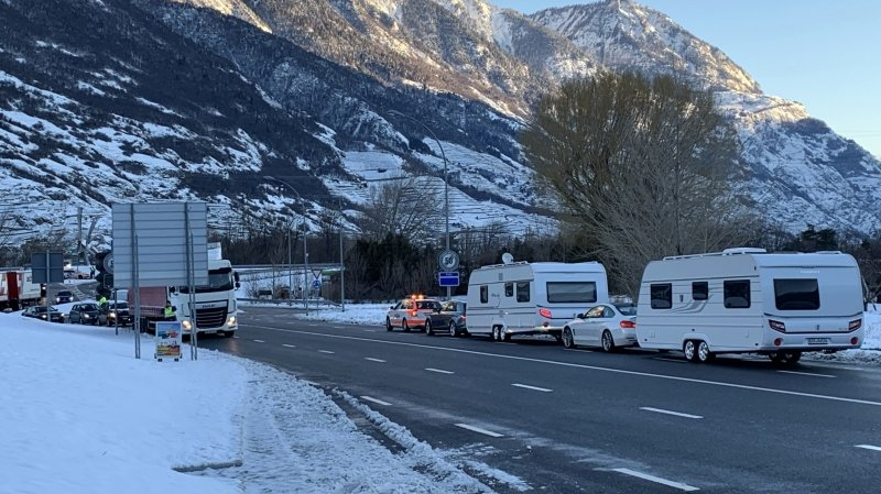 L'arrivée des gens du voyage a perturbé le trafic à l'entrée de Martigny