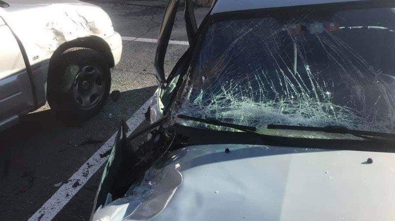 Vouvry: un rocher tombe sur deux véhicules sur le parking du Flon, près de Taney