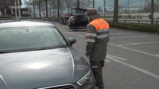 Coronavirus: un premier drive-in en Suisse pour les tests à Lucerne