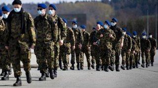 Coronavirus: les militaires pourront à nouveau prendre des congés