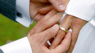 Coronavirus: les personnes vulnérables peuvent toujours se marier