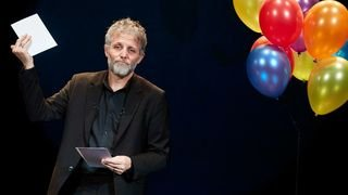 Humour: Stéphane Guillon guillotine à tout va